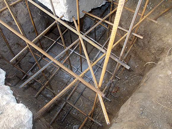 Как усилить фундамент под кирпичным домом своими руками 711